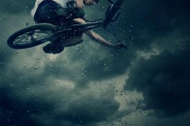 Trocha BMX deštivé romantiky nikdy neuškodí…