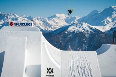 Andri Ragettli zabil jako první freeskier na světě quad cork 1800!!!