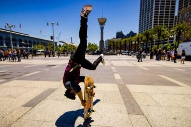 Skateboard parkour :-o