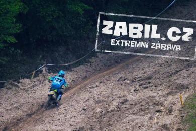 Motocross rider Marek Sukup a jeho bahňácký den na Vranově
